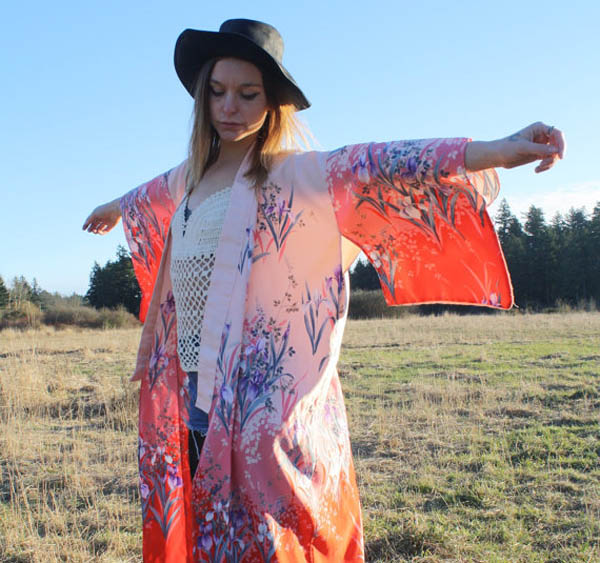Vintage coral kimono by Tumbling Dice Vintage