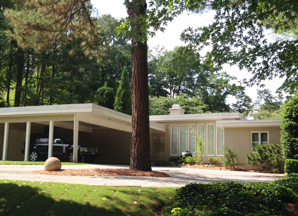 Midcentury modern home in Morningside, Atlanta; photo by Finely Crafted